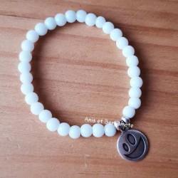 bracelets en perles de verre blanc