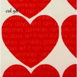 tissu patchwork rouge avec des coeurs