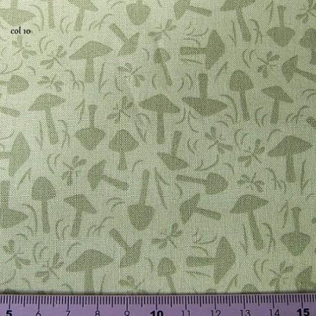 tissu patchwork vert avec des champignons
