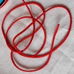 cordon synthétique rouge