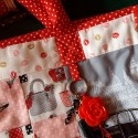 détail du sac girly collection pamper makover