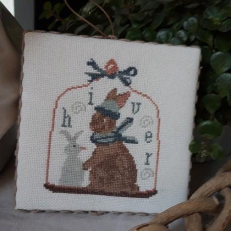 petit lapin à broder au point de croix