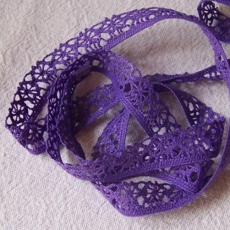 dentelle coloris Violet
