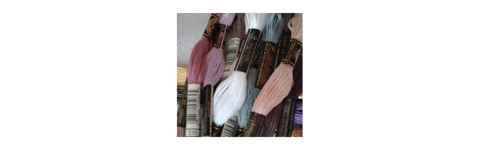 tous les coloris des fils moulinés à broder DMC à 1,20 € l'échevette